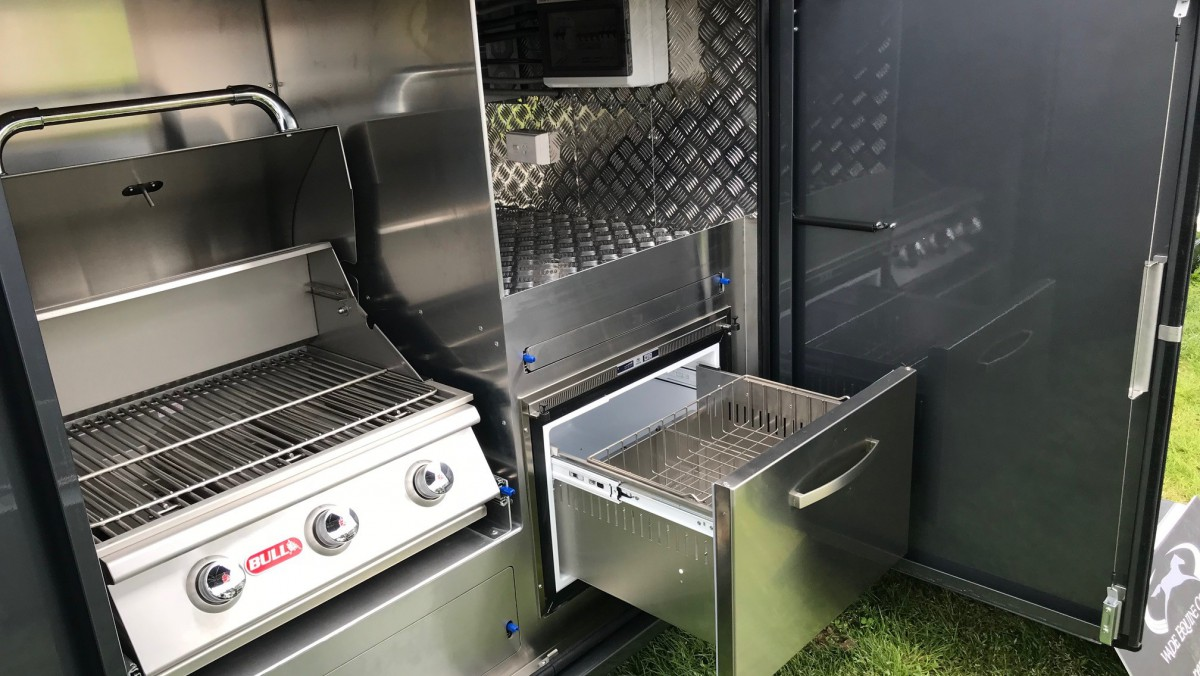 Outside Dishdraw